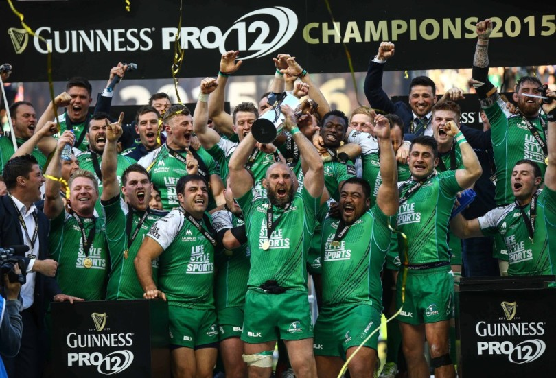 John Muldoon lift the Guinness Pro12 Trophy 28/5/2016
