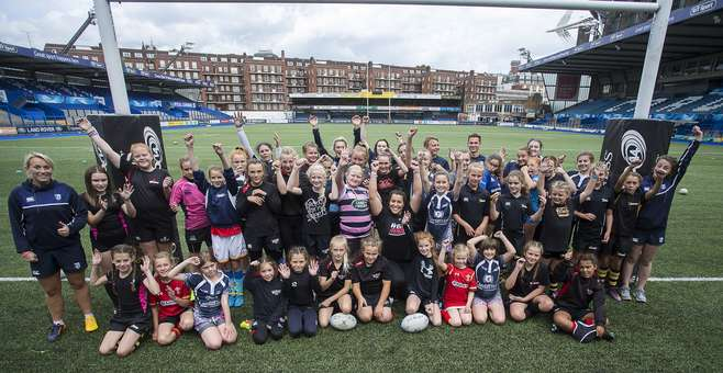 Cardiff Blues girls camp