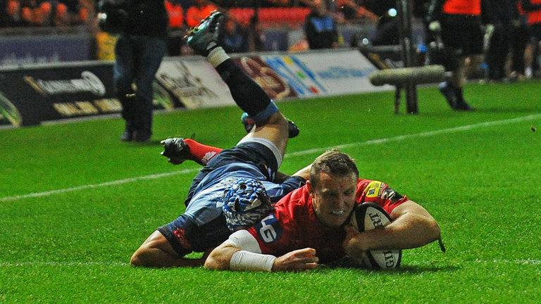 Hadleigh Parkes Scarlets 17 try